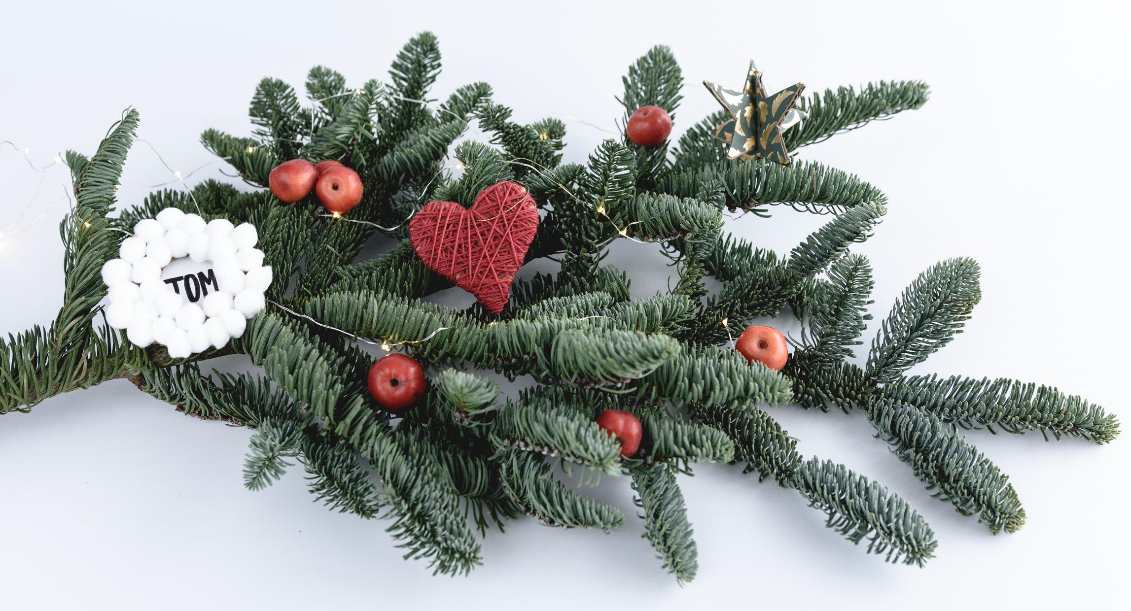 Tree decorations 3