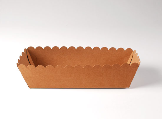 Tray for hot dogs and cakes