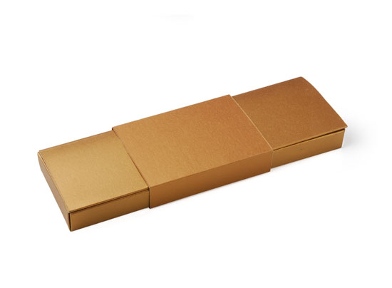 Long gift box with sleeve