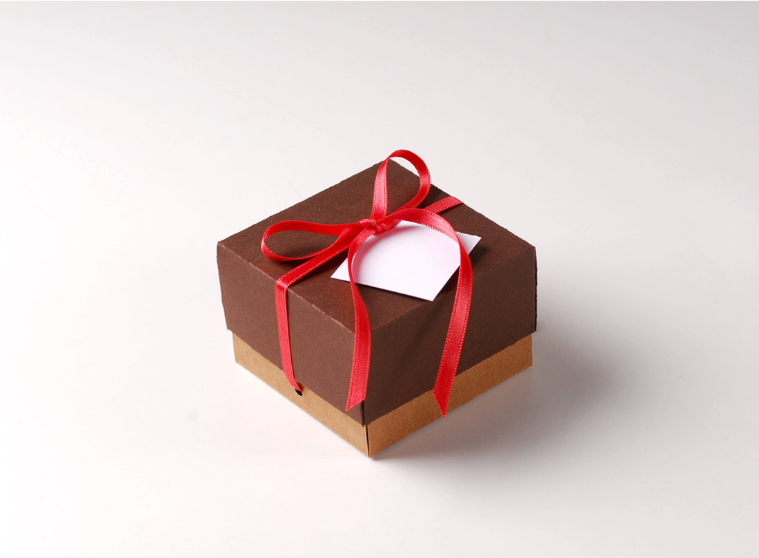 Pretty gift box with lid and decorative bow small gift box with lid negle Images