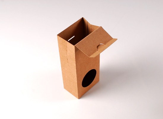 Box with window for food